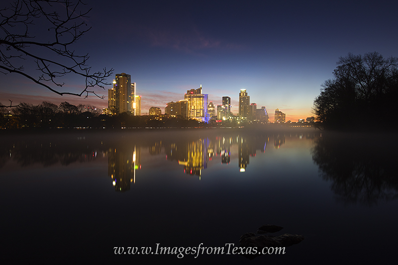 austin texas,downtown austin,austin skyline photos,austin texas photos,lady bird lake,town lake,zilker park,austin sunrise, photo