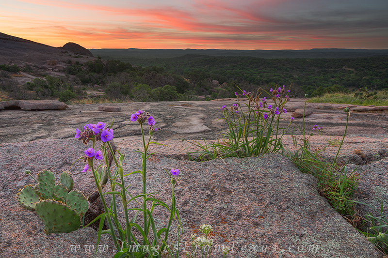 enchanted rock state park,enchanted rock images,texas hill country pictures,texas landscapes, photo