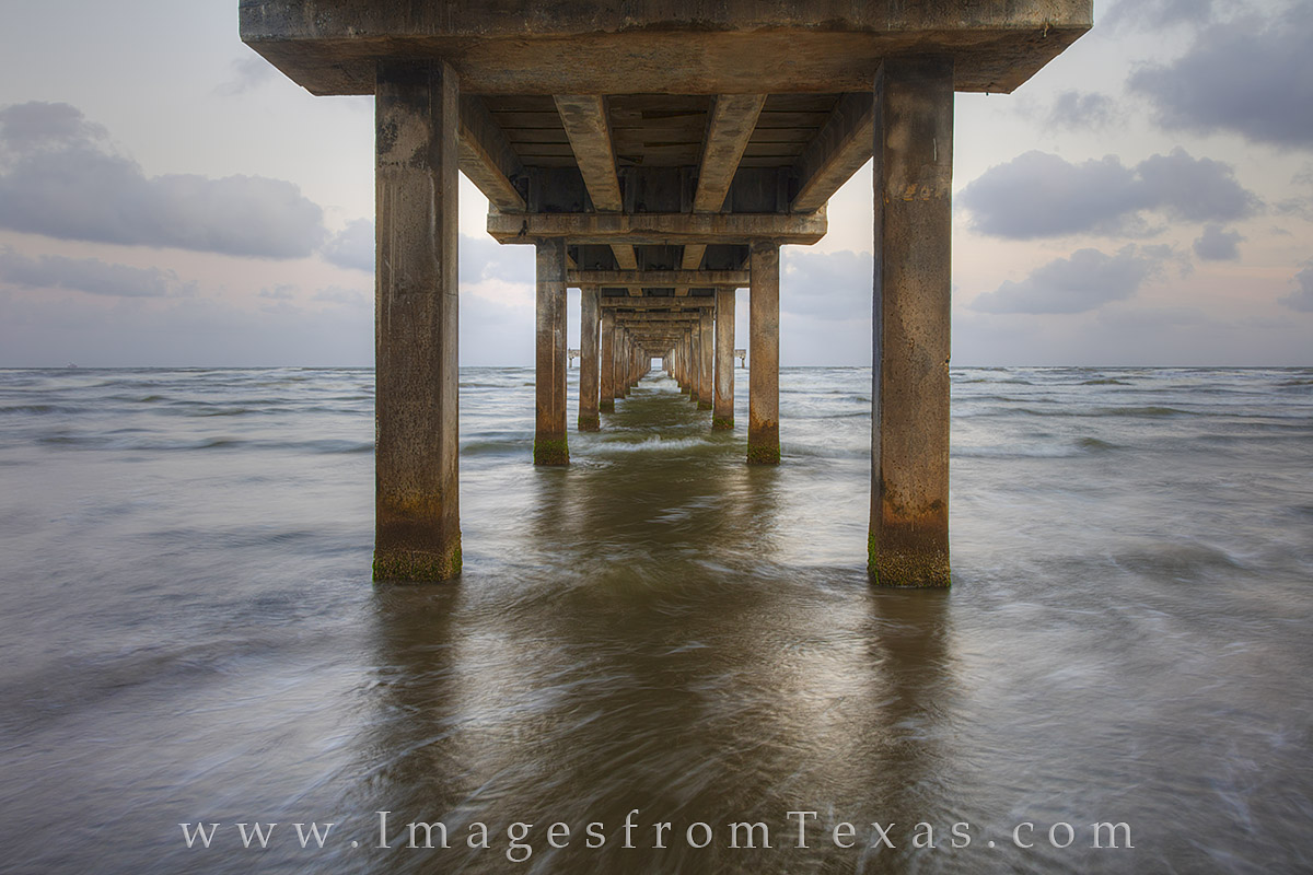 caldwell pier, port aransas, gulf of mexico, texas beaches, fishing pier, texas coast, photo