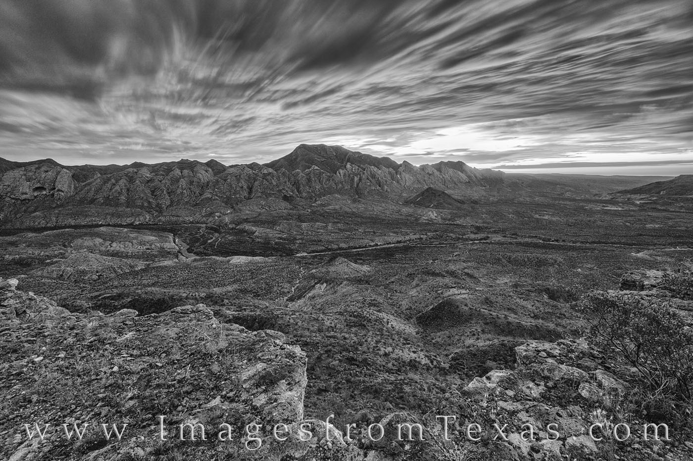 solitario, fresno canyon, big bend ranch, west texas, hiking, exploring, big bend, desert, sunrise, clouds, black and white, photo