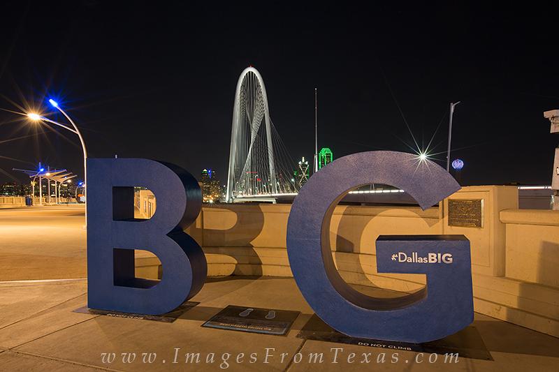 Big D,BG Dallas,Big D skyline,Dallas Texas images,Continental Avenue Bridge,Margeret Hunt Hill Bridge,Dallas at Night, photo
