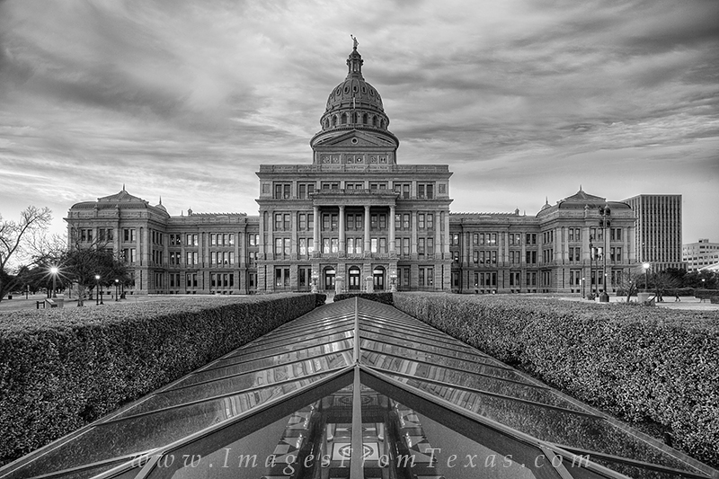 texa state capitol,black and white,austin texas,austin black and white,austin capitol, photo