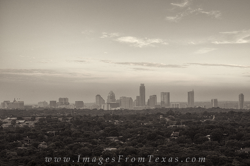 austin black and white,black and white,austin images,austin skyline,mount bonnell, photo