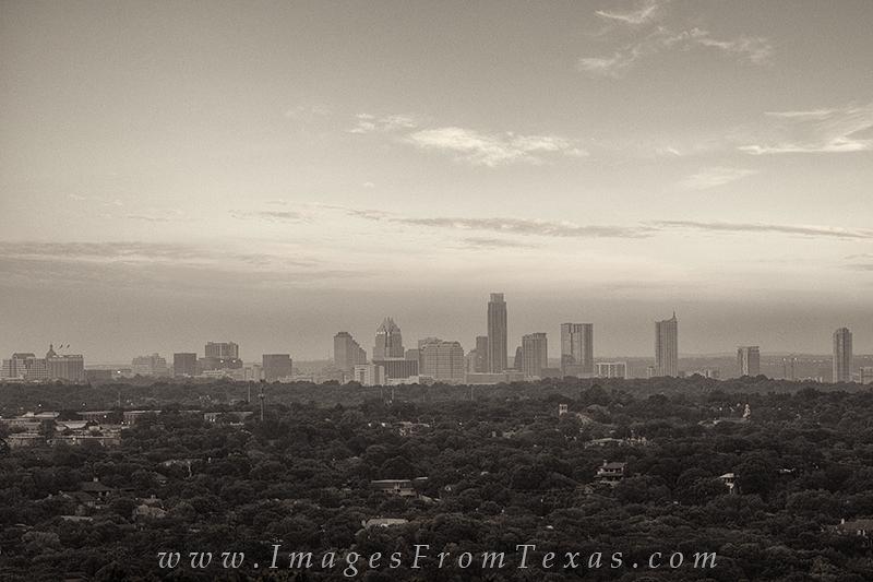 austin black and white,black and white,austin images,austin skyline,mount bonnell, photo