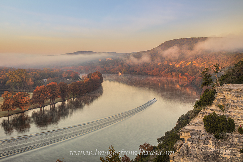 360 bridge,colorado river,austin images,austin texas images,boating image,boating picture,autumn colors,austin texas,pennybacker bridge, photo