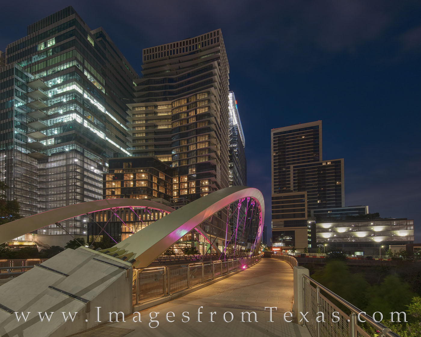 butterfly bridge, austin, downtown high rise, shoal creek, ladybird lake, 2nd street, morning, dark, bridge, pedestrian, photo