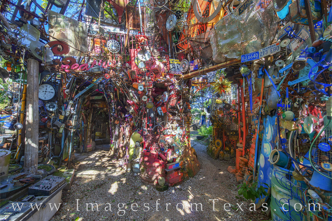 cathedral of junk, south austin, austin, icon, metal, junk, tourist, photo