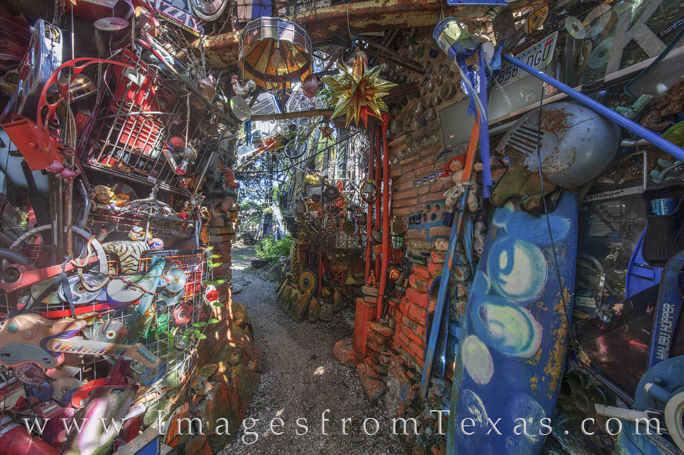 cathedral of junk, south austin, austin icon, junk, photo