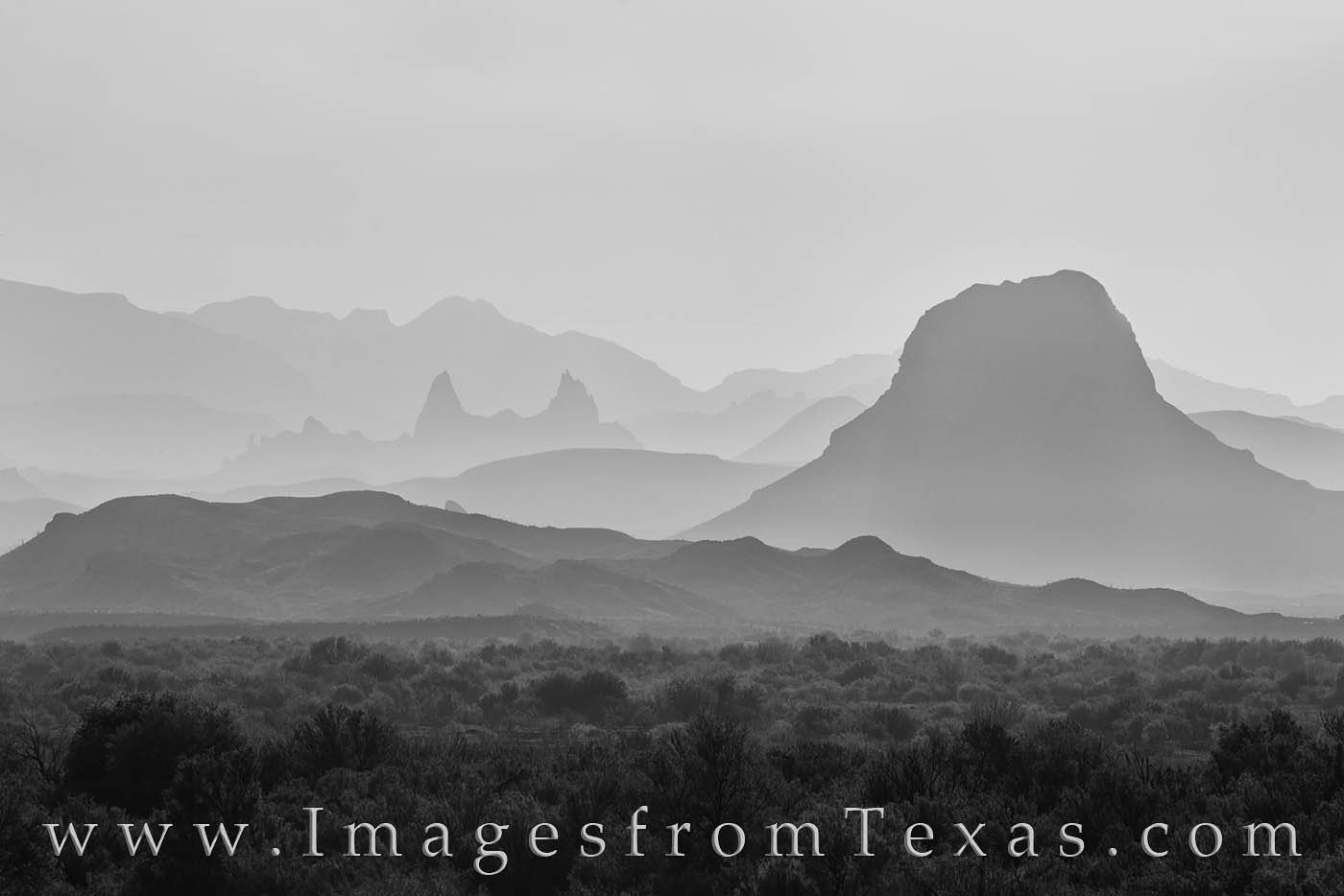 big bend, cerro castellan, mule ears, haze, fog, morning, ross maxwell, chisos, chihuahuan desert, photo