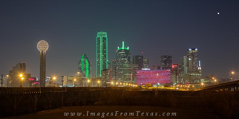 dallas texas skyline,trinity river,reunion tower,dallas cityscape,dallas panorama, photo