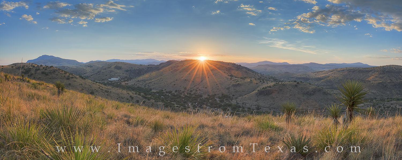 Davis Mountains panorama, Davis Mountains images, Davis Mountains State Park, CCC trail, Skyline Drive trail, Davis Mountains, Fort Davis, hiking Texas, Texas hikes, photo