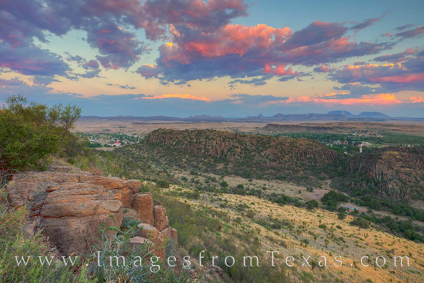 Davis Mountains Fort davis, CCC trail, Texas state parks, west Texas, Davis Mountains images, Texas sunset, photo