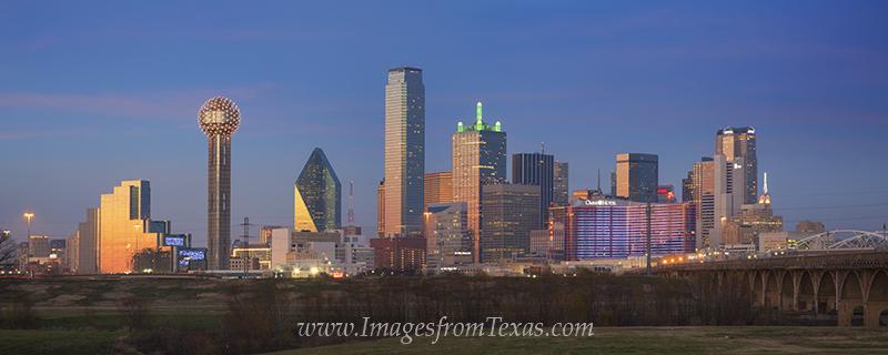 dallas skyline,downtown dallas,dallas texas skyline,dallas texas images,dallas texas photos,dallas sunset,dallas images, photo