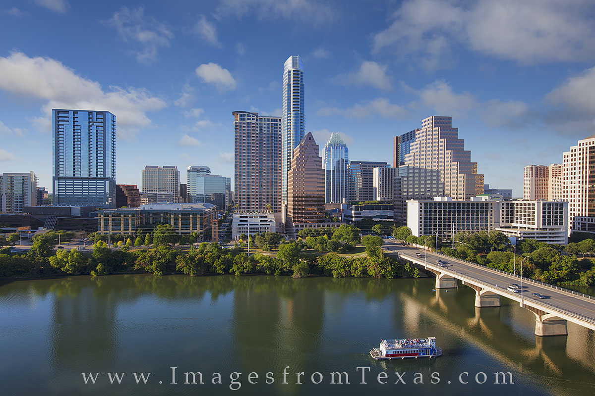 austin skyline photos, austonian, 100 congress, the ashton, frost tower, downtown austin, town lake, lady bird lake, downtown austin, austin high rises, austin texas photos, photo