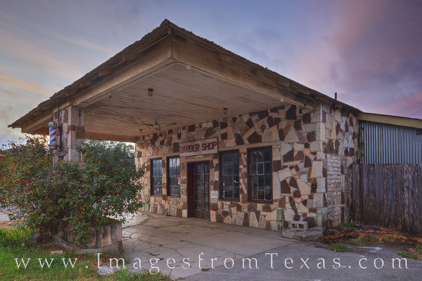 dripping springs, barber shop, mercer street, bar, photo