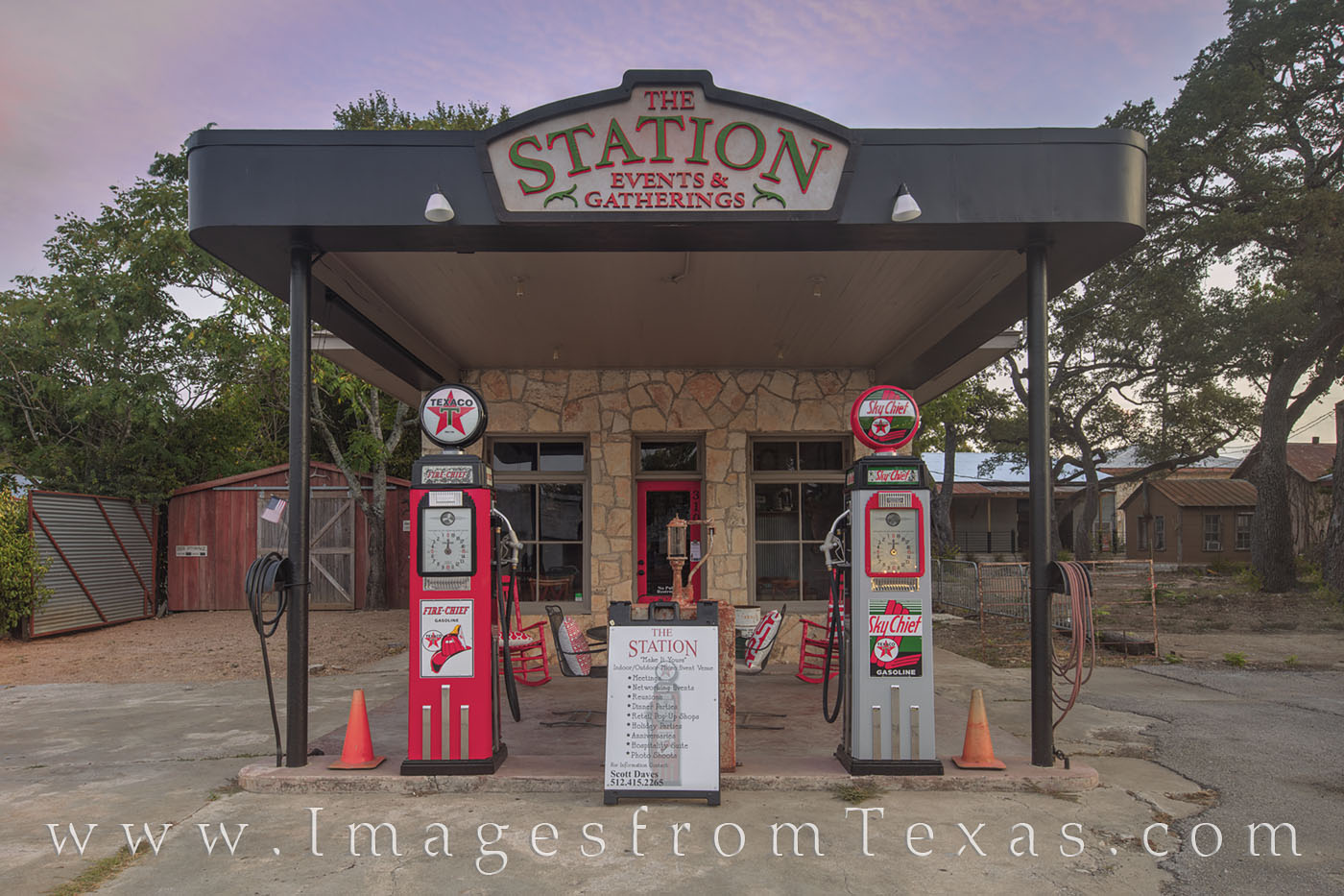 The Station, Dripping Springs, Mercer Street, Texaco, photo