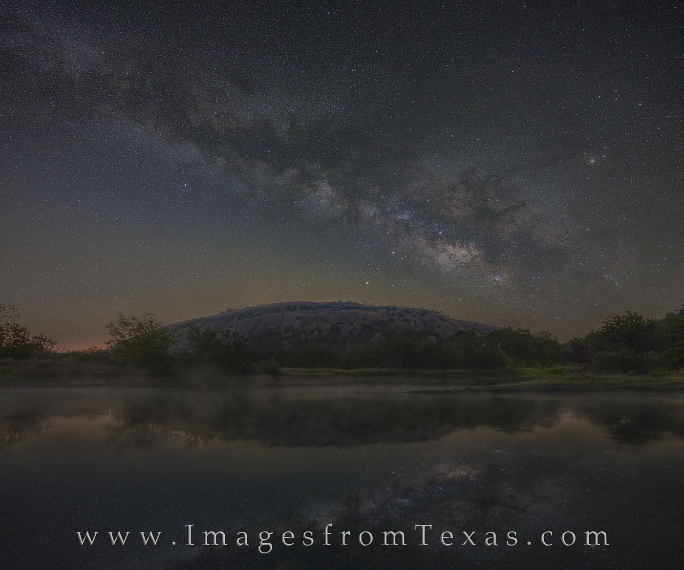 milky way, texas hill country, enchanted rock, moss lake, texas state parks, texas lakes, night sky, dark skies, photo
