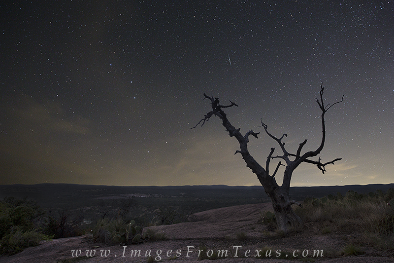 Enchanted Rock State Park,Enchanted Rock,Texas landscapes,milky way,big dipper,texas hill country, photo