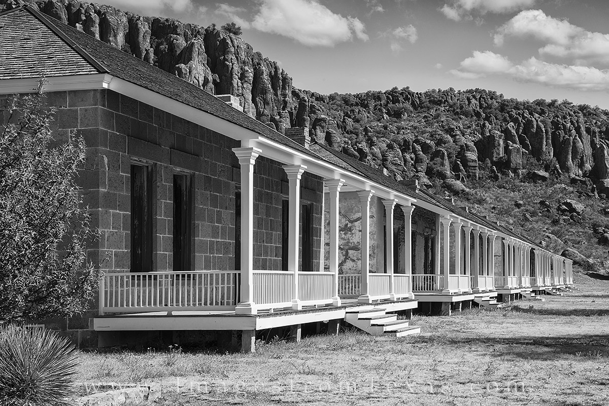 fort davis, fort davis images, davis mountains, alpine, texas historic sites, texas history, black and white, photo
