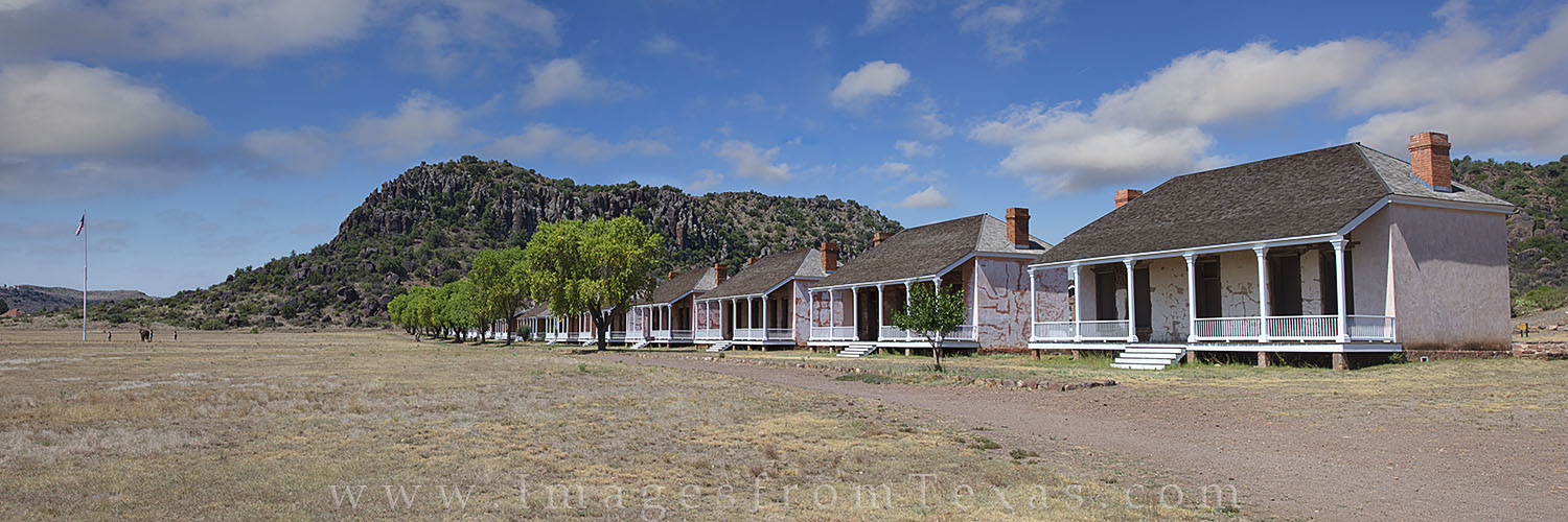 fort davis images, fort davis panorama, davis mountains, west texas, texas military images, texas landscapes, texas history, photo