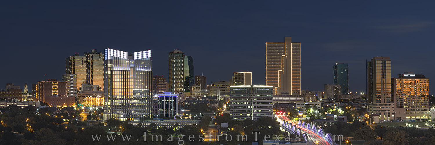 ft worth skyline, fort worth panorama, downtown fort worth, fort worth texas photos, burnett plaza, 7th street bridge, photo