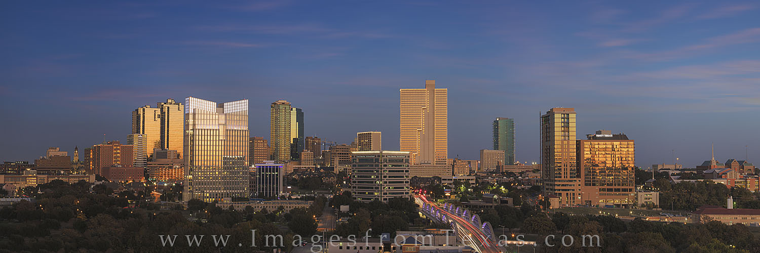 Fort Worth, Fort Worth Texas, Fort Worth skyline, 7th street bridge, cowtown USA, ft worth panorama, downtown ft worth, fort worth images, texas skylines, burnett plaza, photo