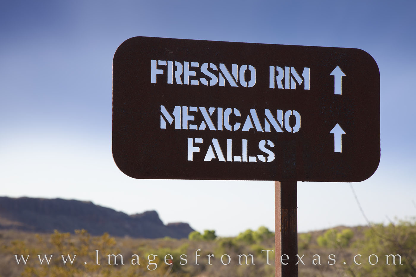 big bend ranch, fresno rim, trail sign, trailhead, hiking west texas, photo