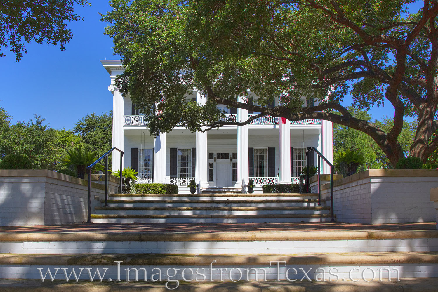 The Governor's mansion is jut across the street from the Texas State Capitol. Tours are available. This photograph was taken...