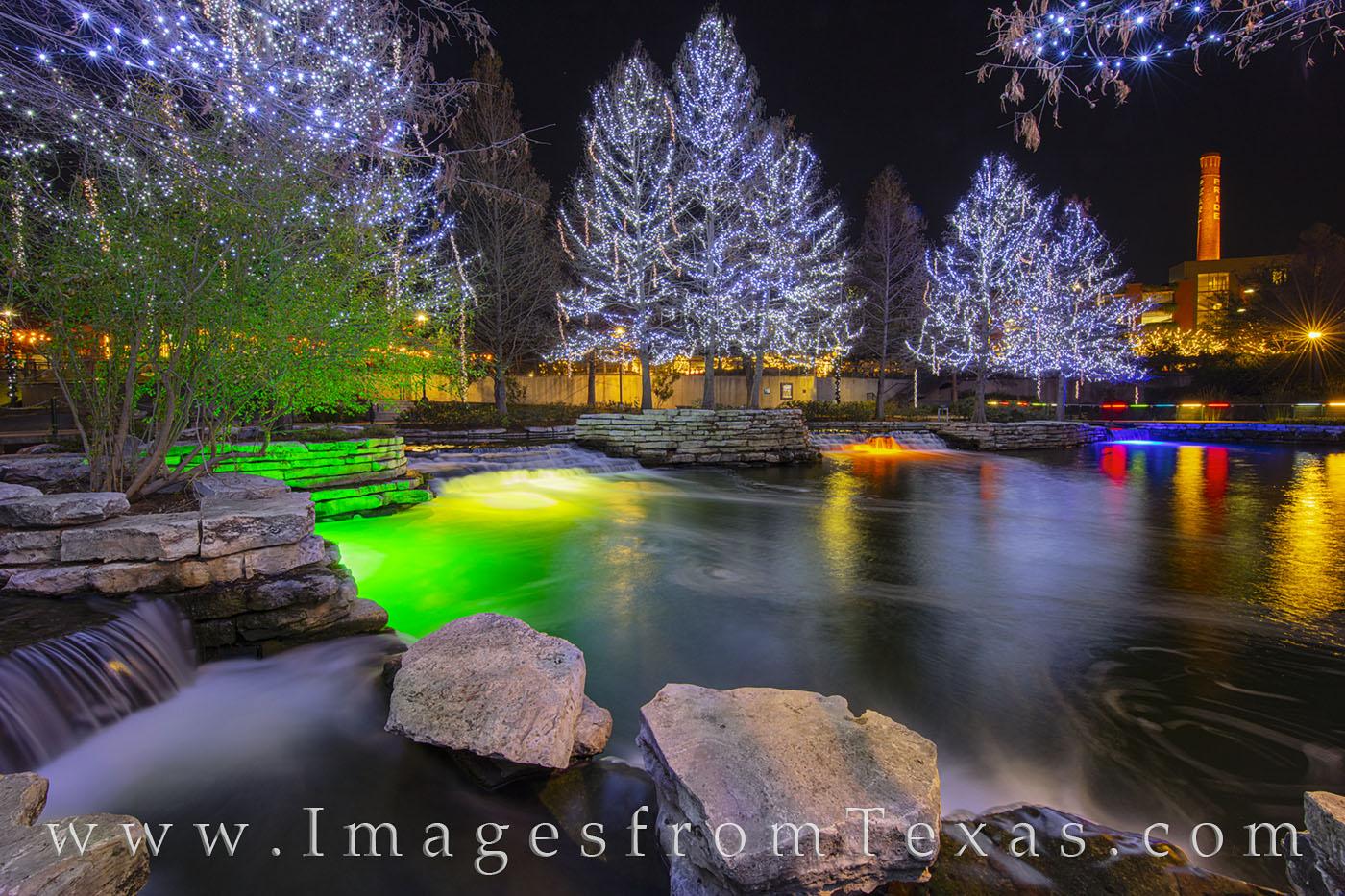 Pearl District, holiday lights, christmas, lights, holiday, san antonio river, rio taxi, december, san antonio, photo