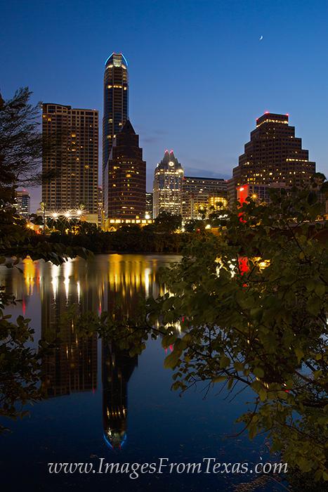 Lady Bird Lake images,Austin skyline,Austin cityscape,Austonian,Austin Hike and Bike Trail, photo