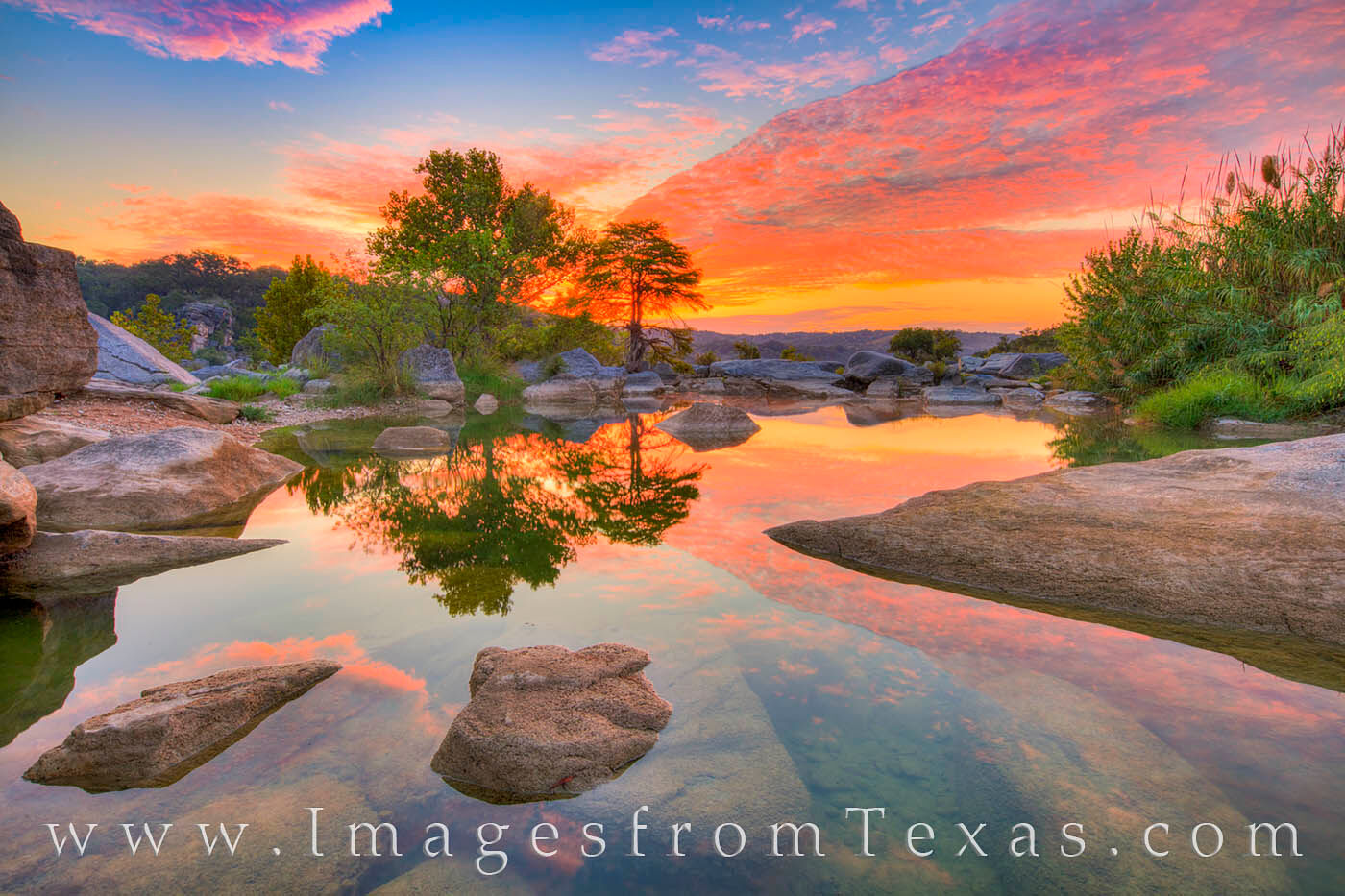 texas hill country, hill country, pedernales falls, pedernales river, pedernales, sunrise, texas sunrise, september, october, texas landscapes, water, photo