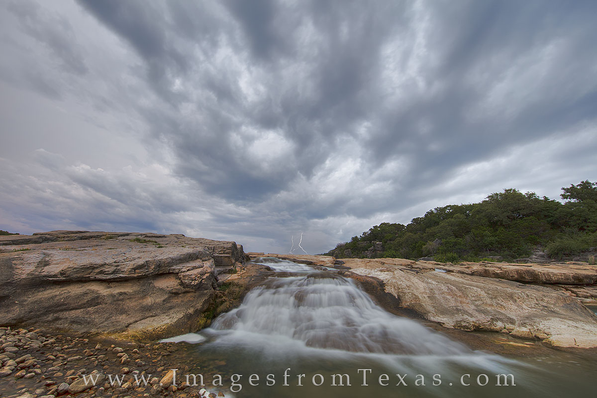 texas hill country, lightening, hill country photos, pedernales falls, pedernales falls images, hill country morning, sunrise, hill country sunrise, pedernales river, texas sunrise, photo