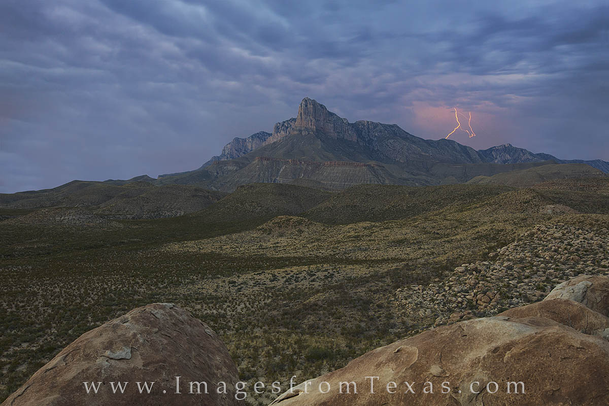 el capitan, guadalupe peak, guadalupe mountians, guadalupe mountains national park, texas national parks, west texas, lightening, texas storms, texas landscapes, photo