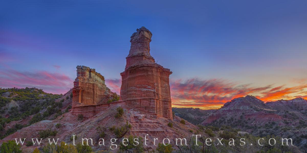 Lighthouse at Sunset Panorama 11-1