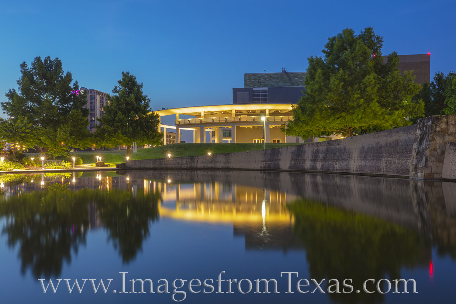 Long center, performing arts, austin texas, ladybird lake, town lake, tourism, entertainment, photo