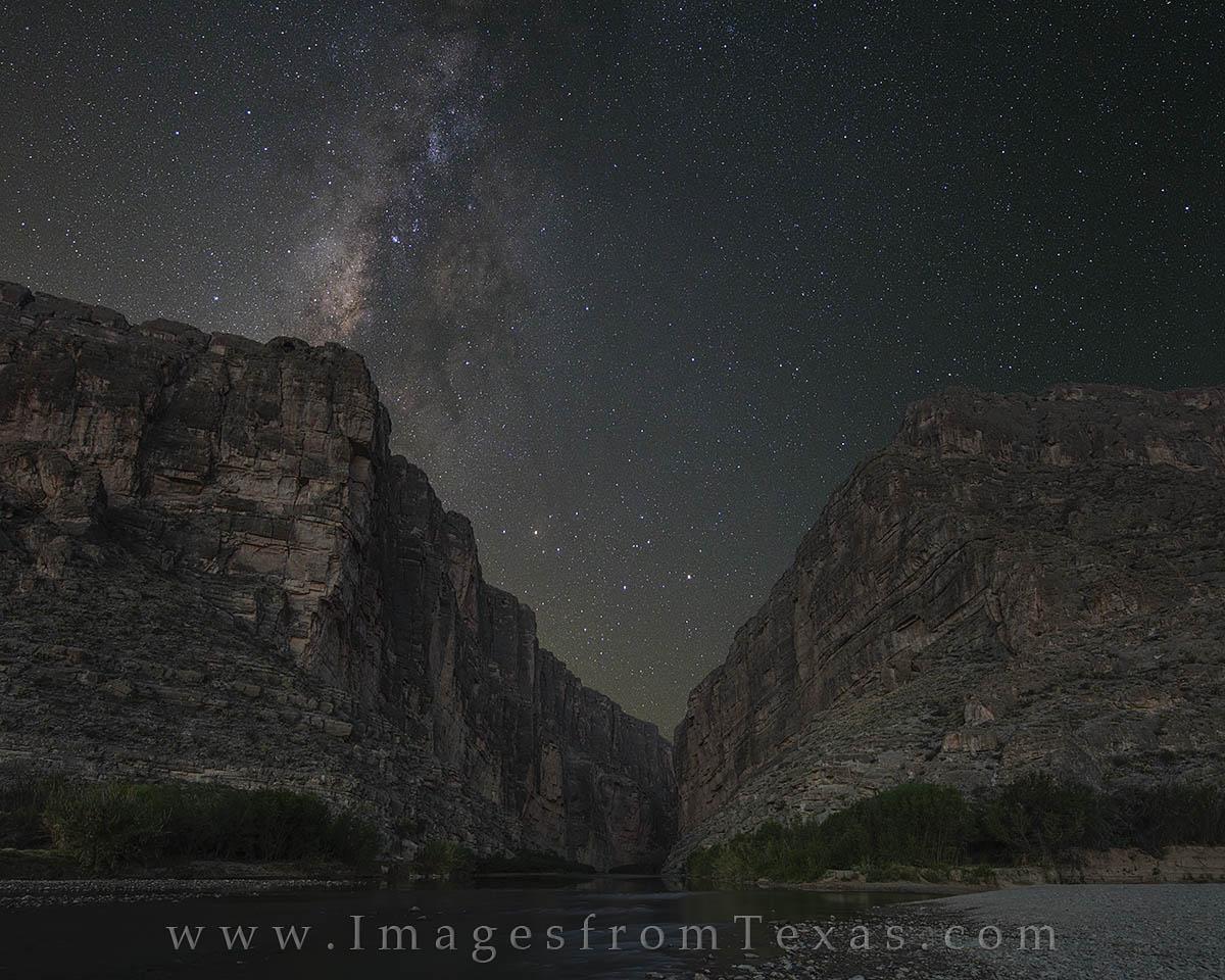 milky way photos, santa elena canyon, big bend national park, texas skies, dark skies in texas, milky way, photo