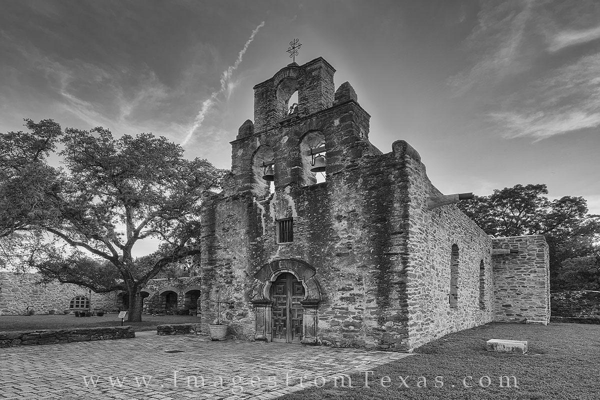 San Antonio missions, black and white missions, san antonio images, san antonio history, san antonio photos, mission images, texas history, mission san francisco, mission espada, photo