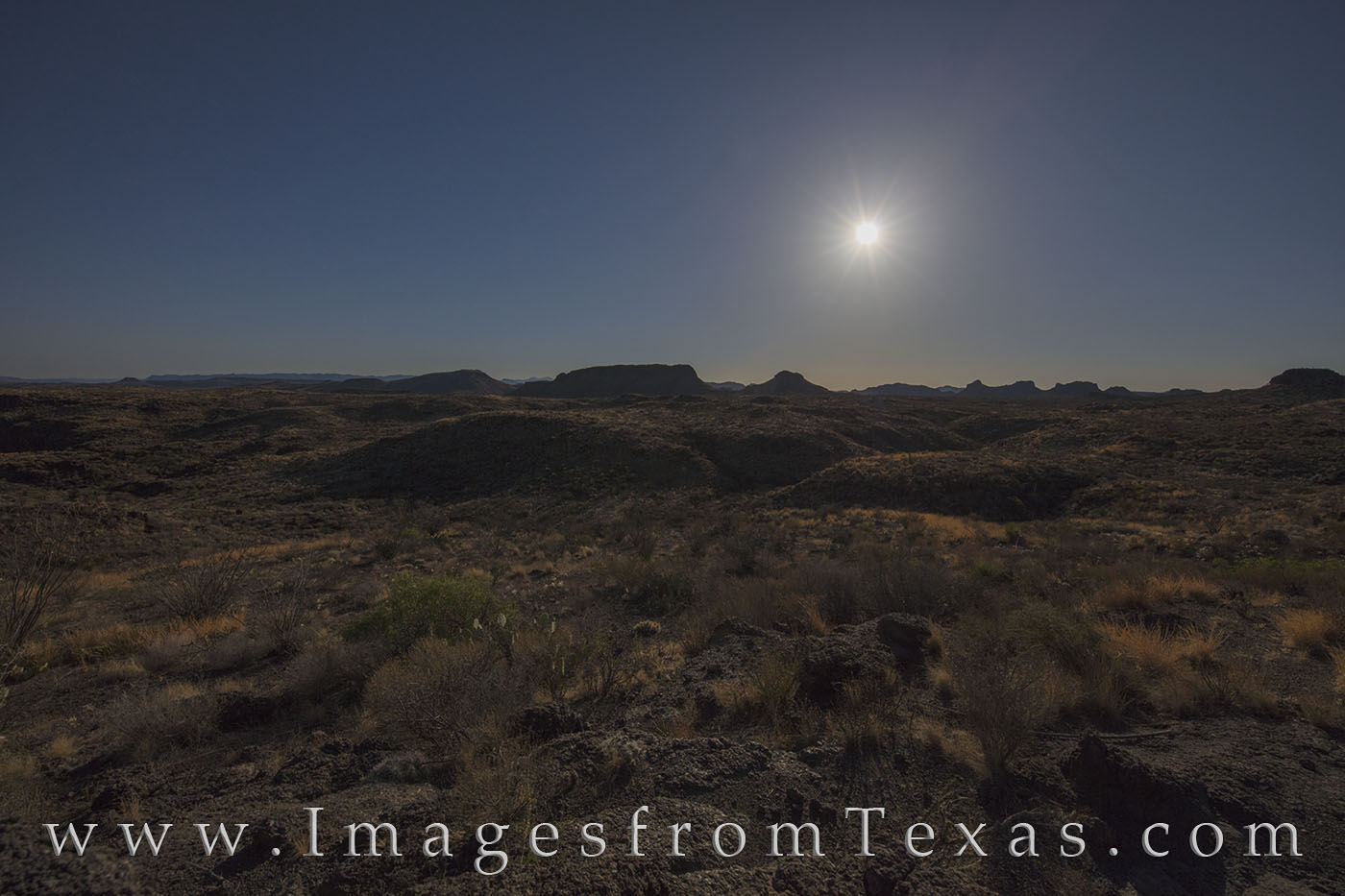 Big bend ranch, full moon, moonset, desert, chihuahuan desert, night, hiking, night hikes, west texas
