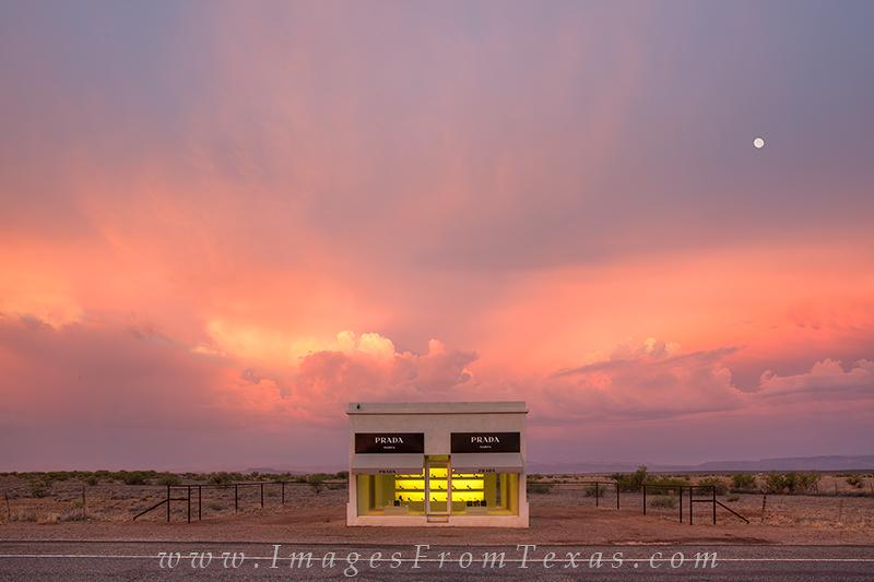 marfa prada images,prada marfa photos,west texas photos,chihuahuan desert,marfa display,marfa art,texas landscapes, photo