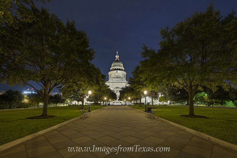 texas capitol at night,texas capitol,great walk,austin texas,texas capitol great walk,texas state capitol images, photo