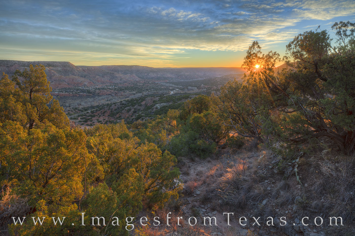 palo duro canyon, texas canyons, texas state parks, exas hiking, hiking texas, texas secrets, texas landscapes, canyon, amarillo, sunrise, texas sunrise, canyon rim, photo