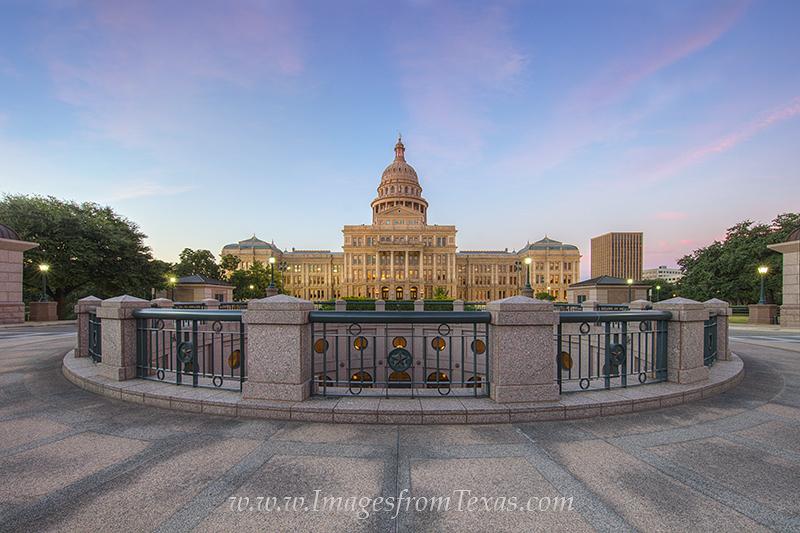 texas capitol,texas state capitol,austin texas,austin landmarks,texas icons,texas capitol photos, photo