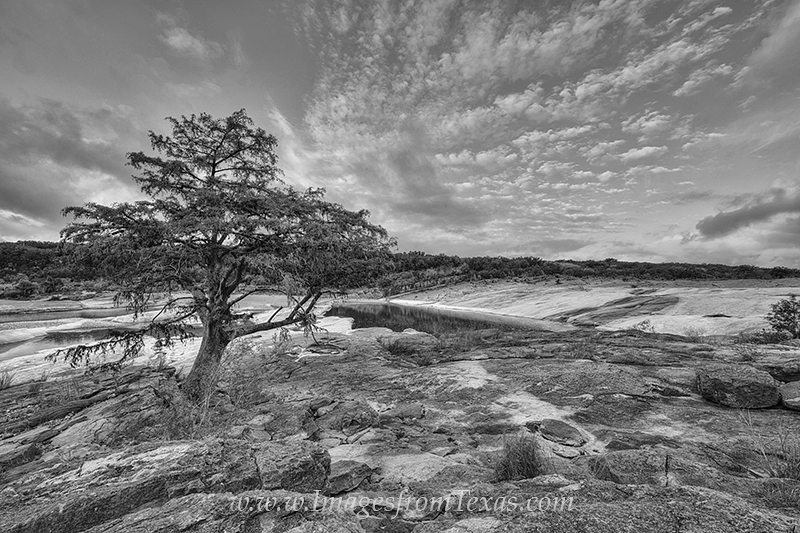 texas hill country,black and white,texas black and white,texas hill country pictures,pedernales Falls state park,pedernales falls,pedernales falls river,texas landscapes, photo