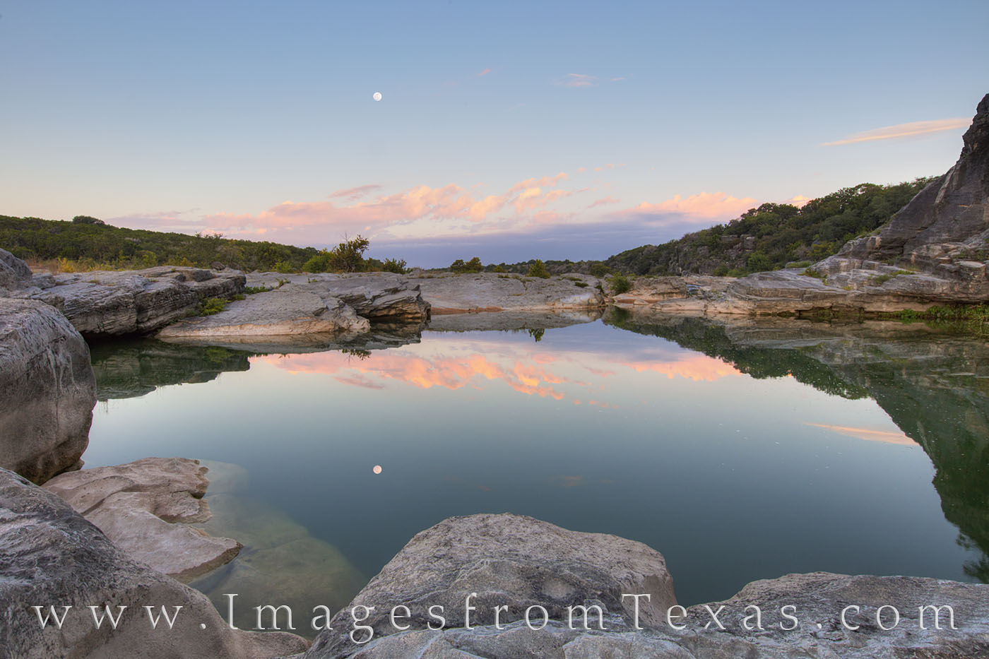 texas hill country, pedernales river, moonset, moon, pedernales, texas hill country, sunrise, texas landscapes, texas parks, photo