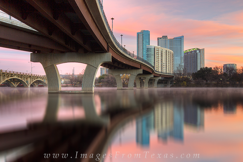 austin skyline,austin texas,pedestrian bridge,lady bird lake,zilker park, photo