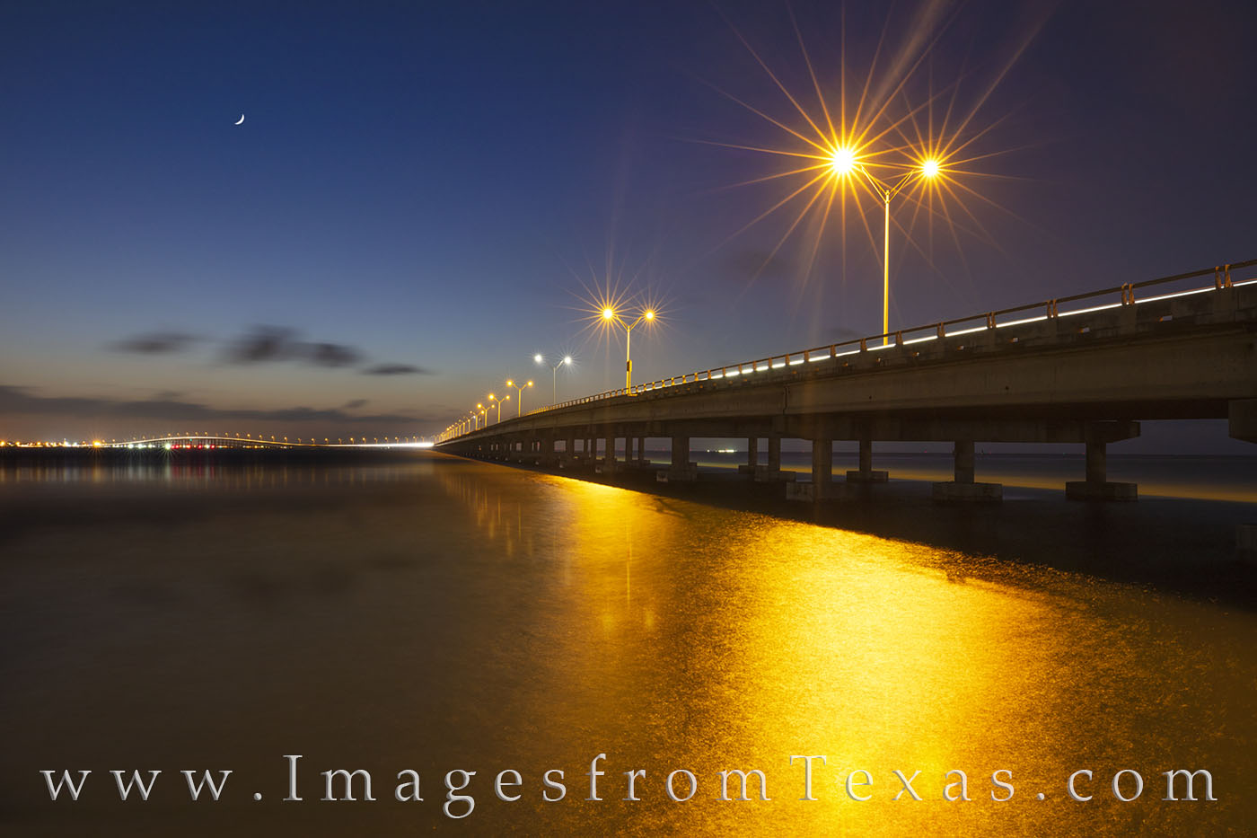 isabella causeway, south padre island, port isabel, evening, crescent moon, moon, south texas, laguna madre, bridge, photo