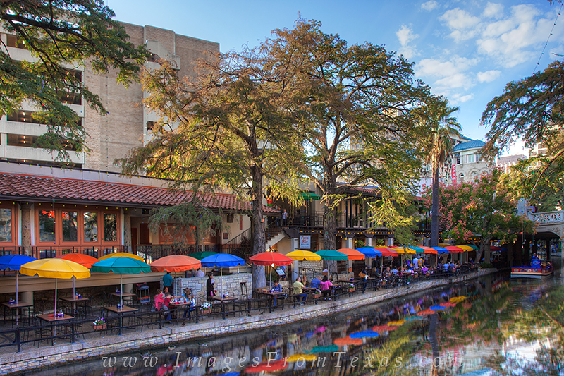 san antonio riverwalk,san antonio images,san antonio texas images,san antonio tx, photo