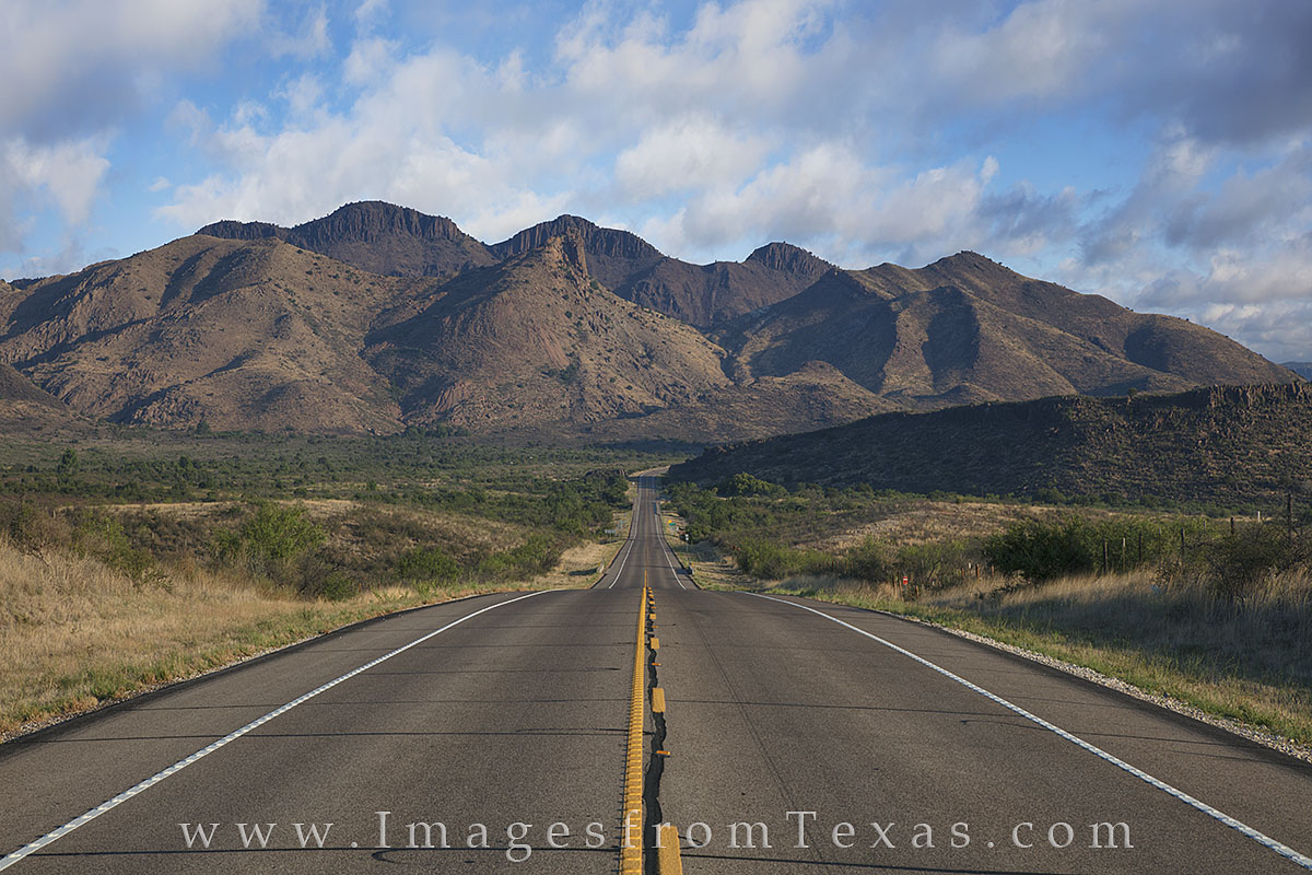 Alpine Texas, Fort Davis, 118, highway 118, Davis Mountains, Davis Mountains pictures, Texas highways, Texas roads, exploring Texas, photo