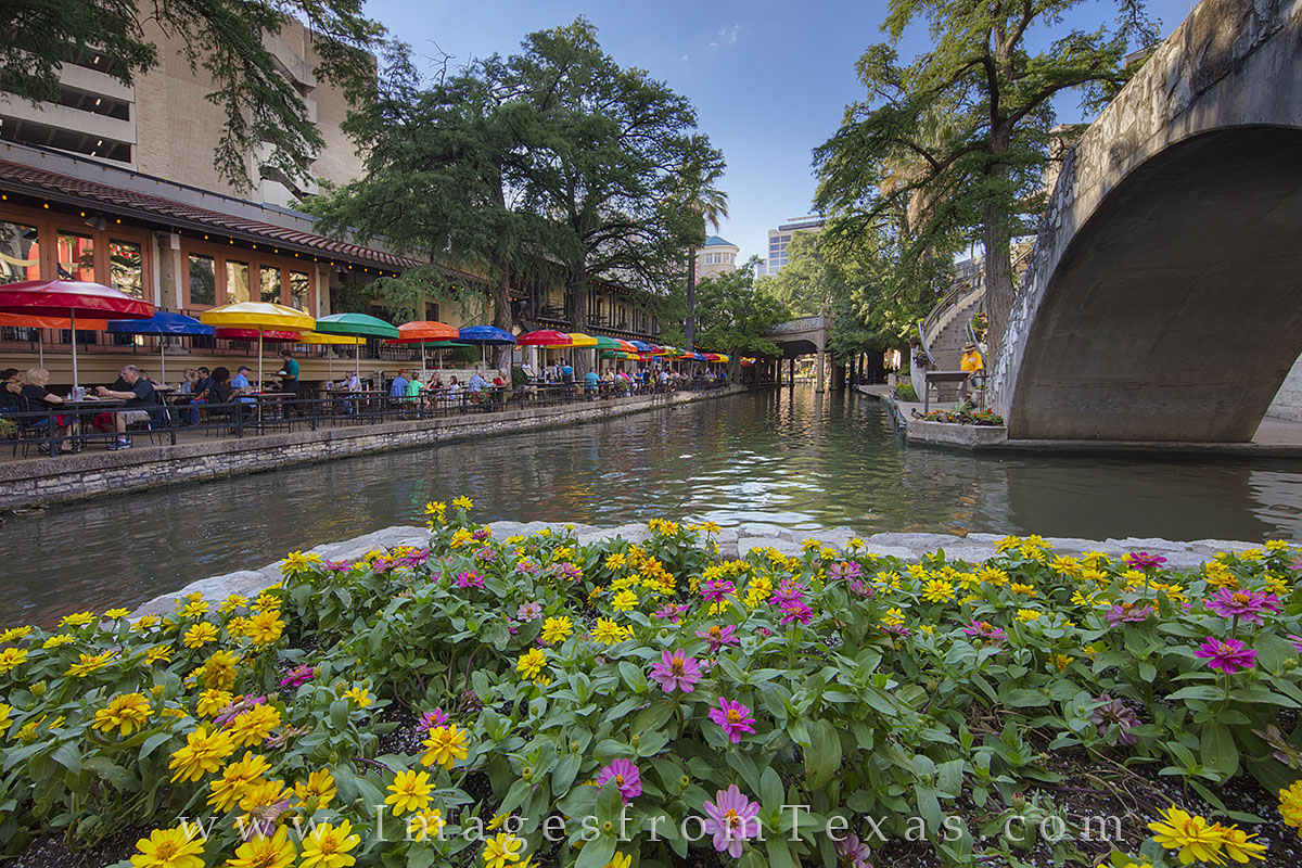san antonio riverwalk, san antonio images, casa rio, san antonio nightlife, san antonio, riverwalk photos, photo