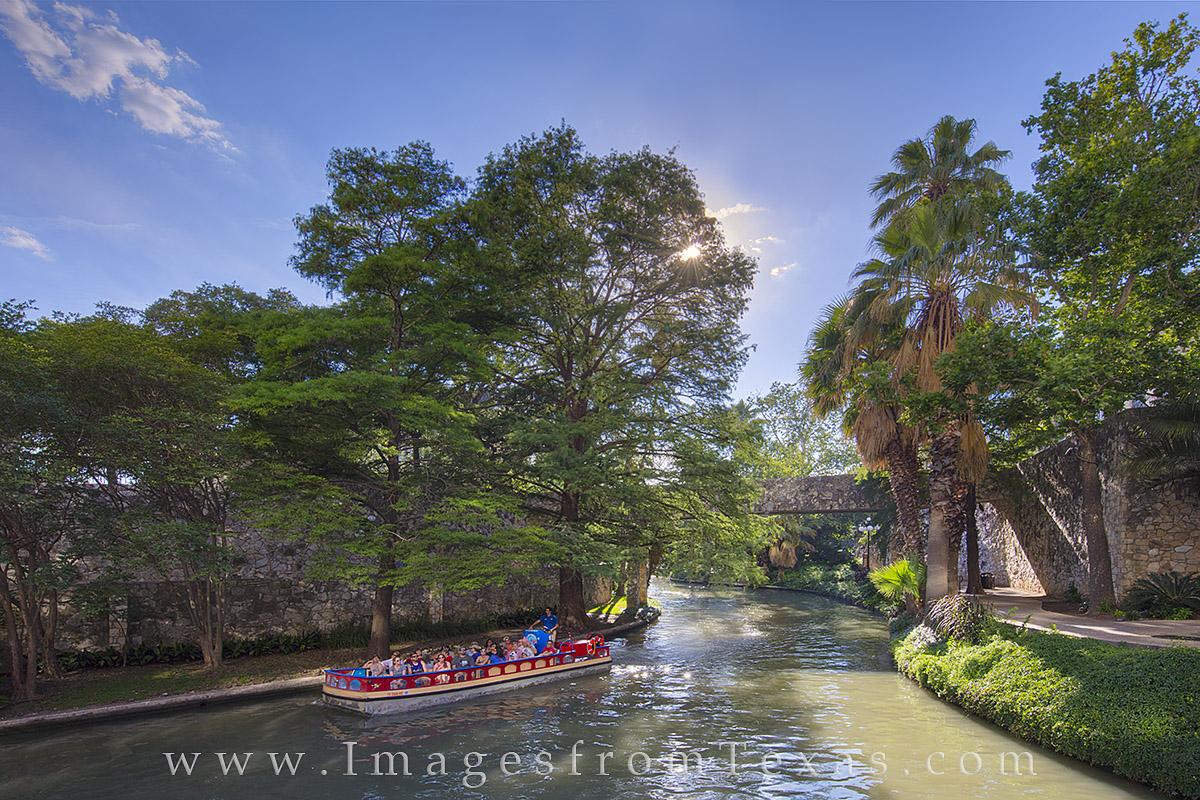 san antonio riverwalk, san antonio images, casa rio, san antonio nightlife, san antonio, riverwalk photos, panorama, san antonio panorama, photo